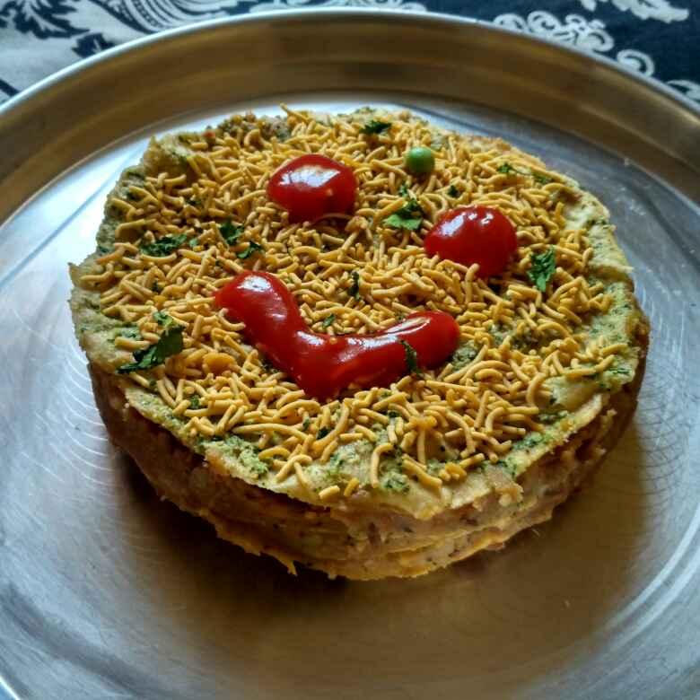 How to make Bachi hui roti ka chatpata Cake