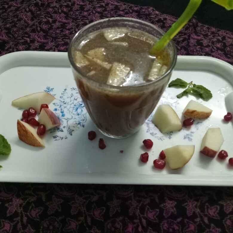 Photo of Apple pomegranate juice by vaishali nandola at BetterButter