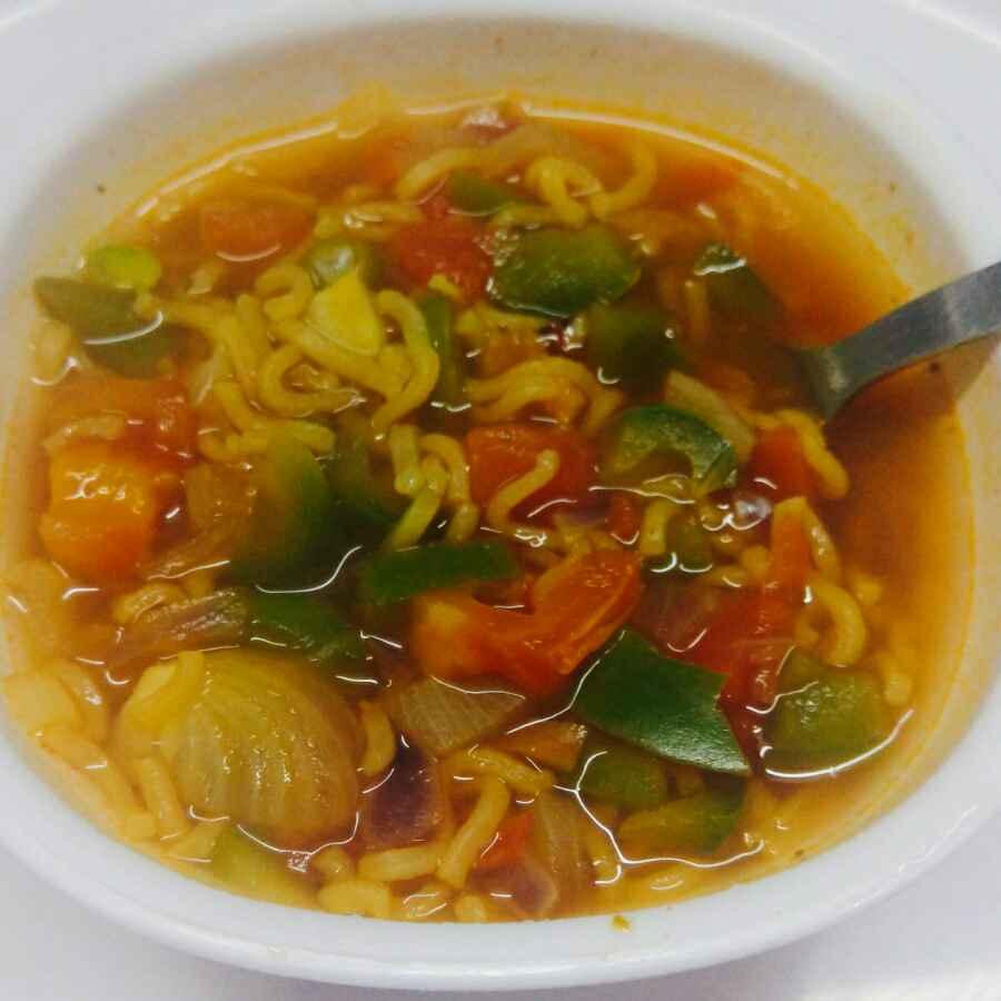 How to make मैग्गी सूप विथ फुल ऑफ वेजिस