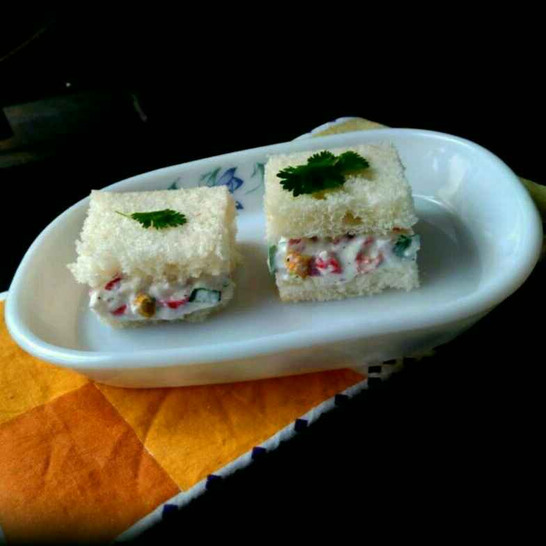 How to make Curd chilli sandwich