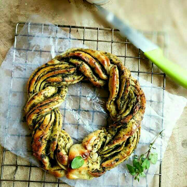 How to make Braided Pesto Bread