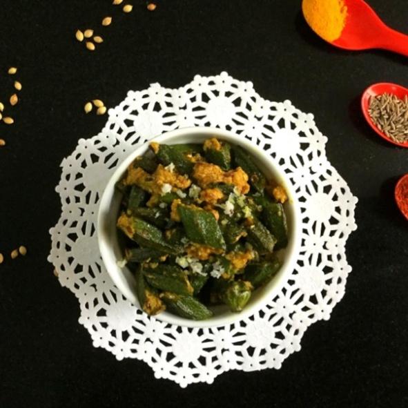 How to make Dahi Wali Dry Bhindi/Okra in Yogurt Masala