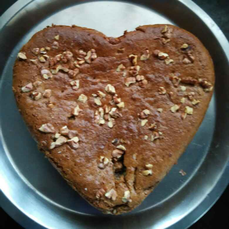 How to make Date and walnut cake