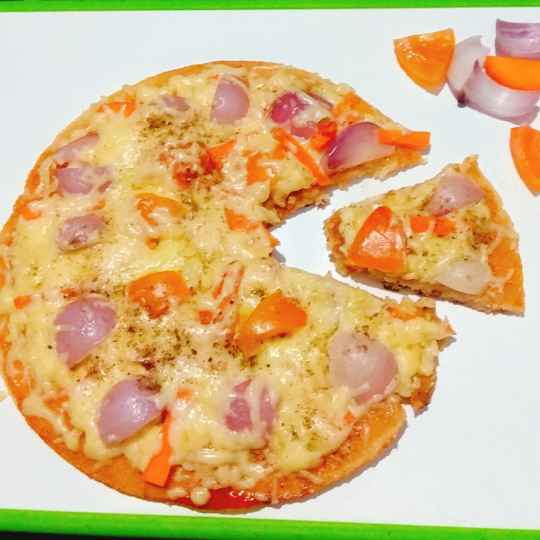 Photo of Rava/semolina Pizza by Aruna Saraschandra at BetterButter