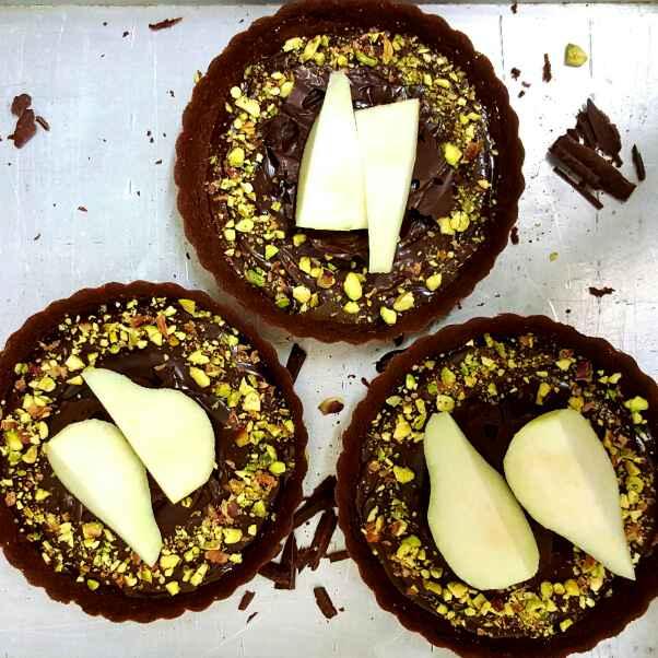 How to make Dark Chocolate Caramel Tarts