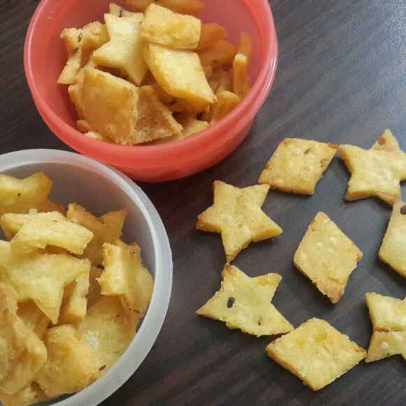 How to make Rice Dal Crackers