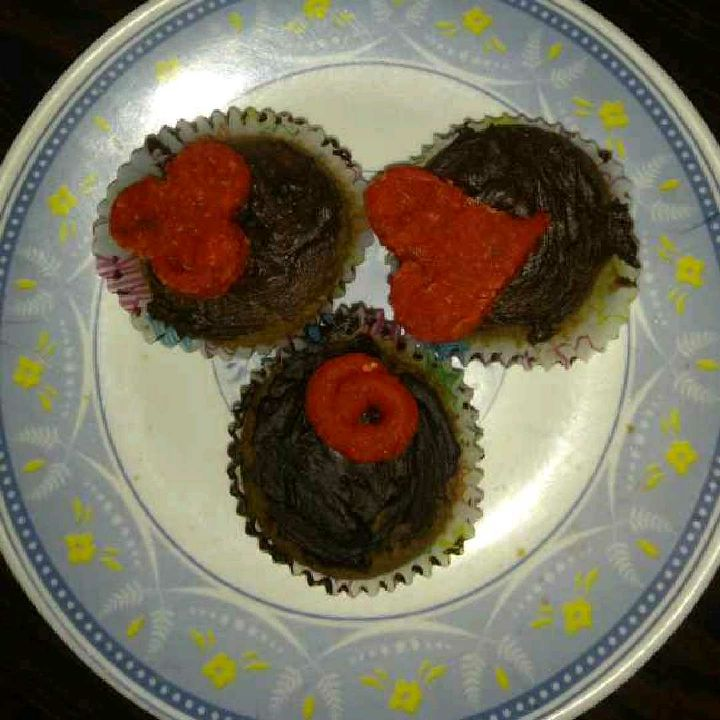 How to make The Marzipan topped Chocolate Cupcakes