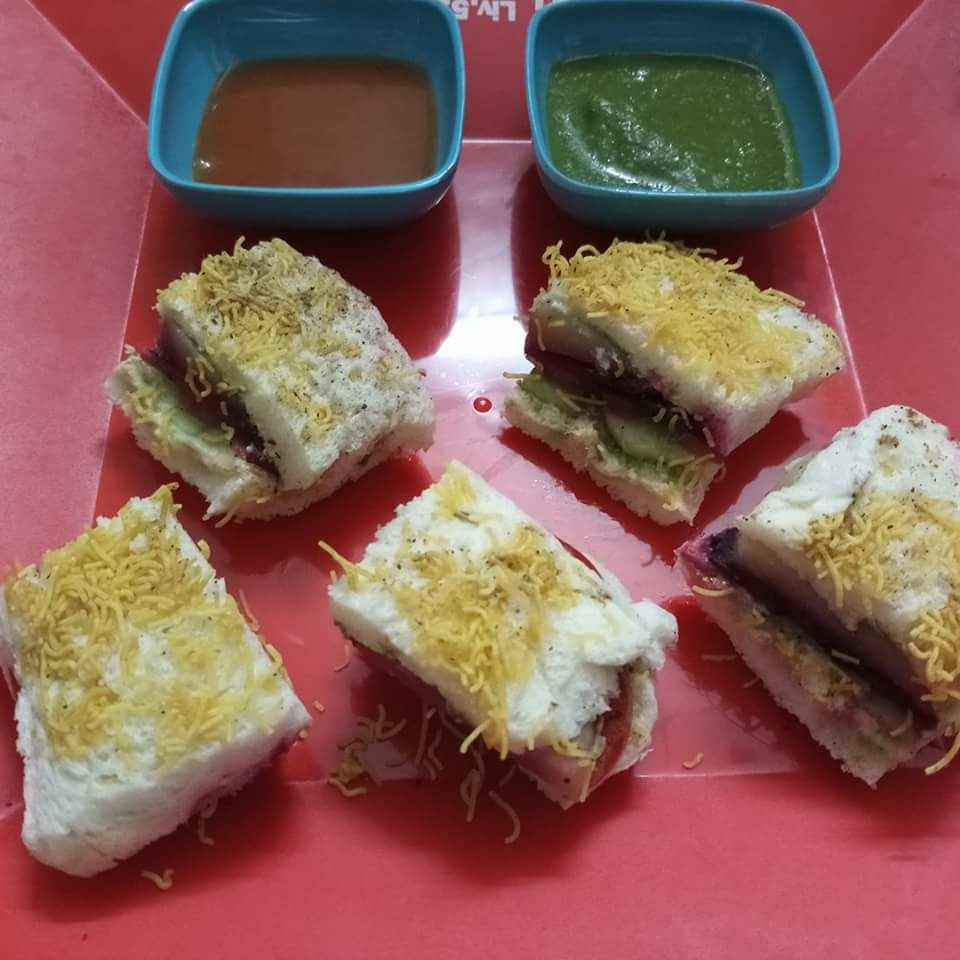 Photo of Veg cheese sandwich by Vid'zz Batra at BetterButter