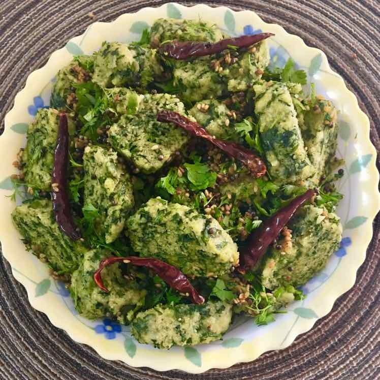 How to make Spinach Muthia