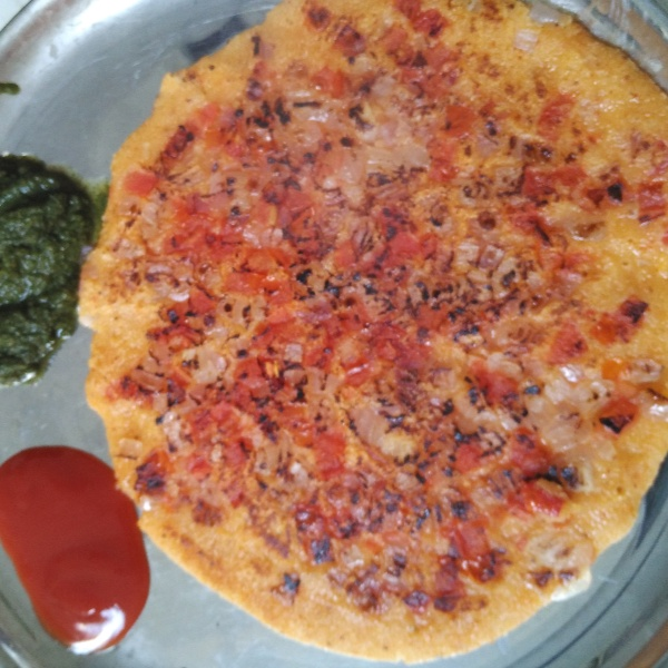 Photo of Rava Onion Tomato Uttapam by Vinita Ravinder at BetterButter
