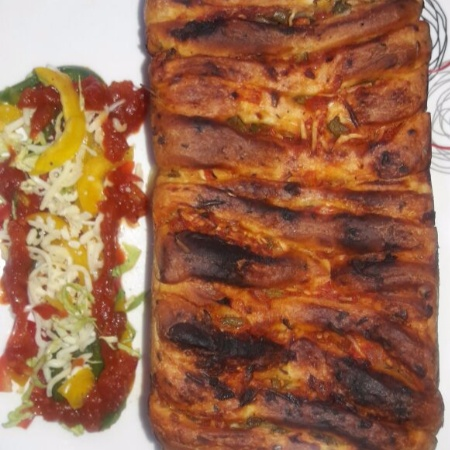 How to make Pizza pull apart bread