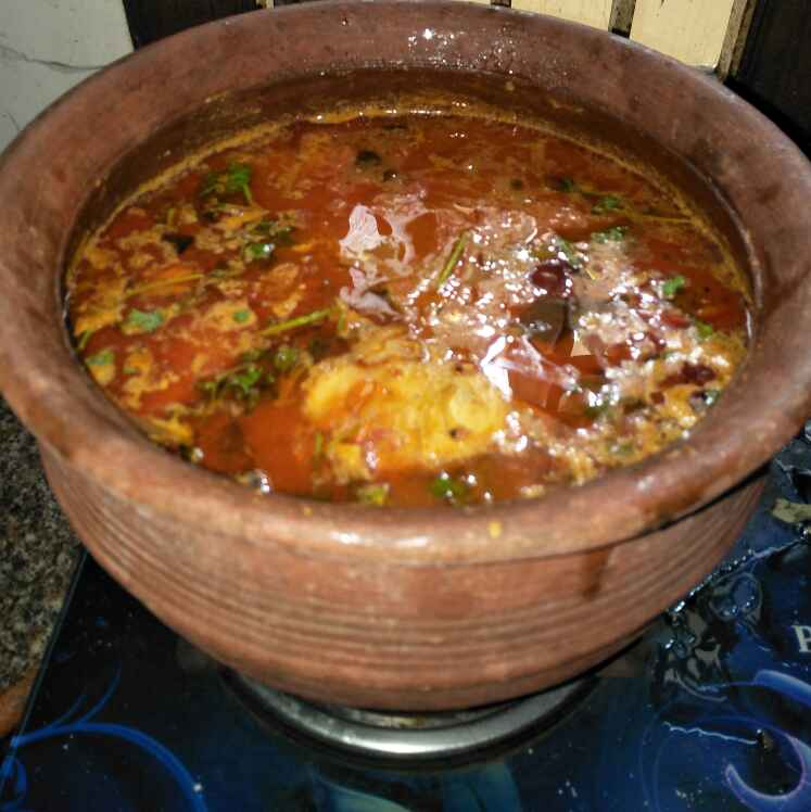 How to make Manchatti fish curry