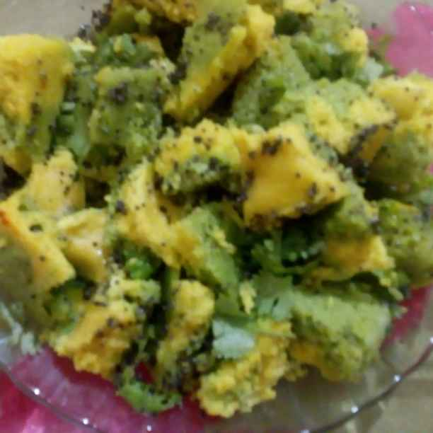 Photo of lila pila dhokla by Yashi Bhumi Kariya at BetterButter