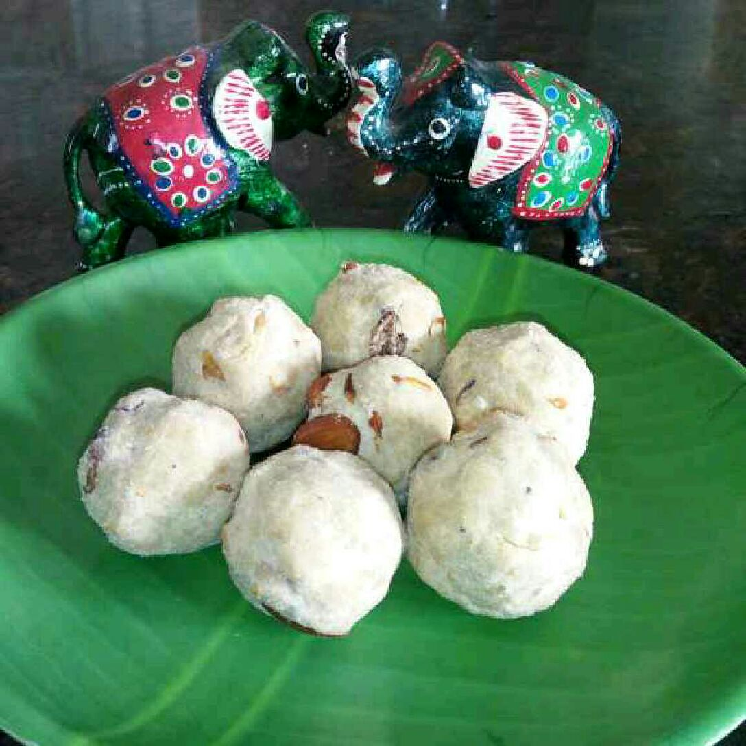 How to make Rice Ladoos