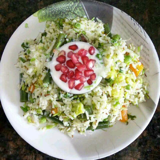 How to make Healthy Pulav with Raita (No Onion No Garlic)