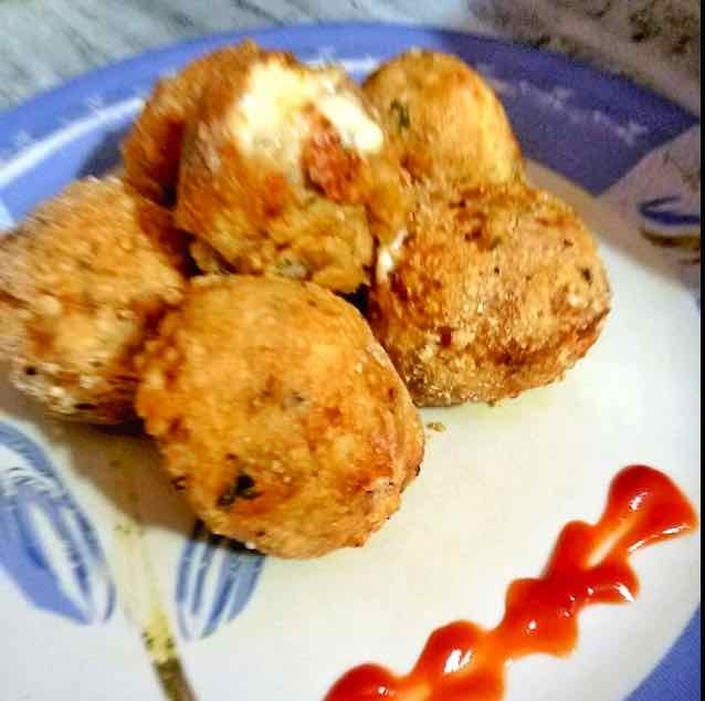 How to make Cheesy rice balls Arancini