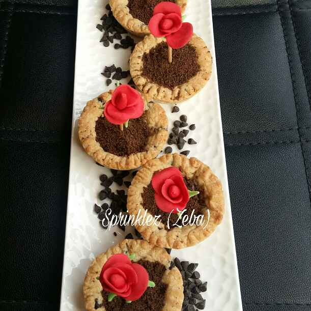 How to make Rose In A Cookie Mud Pot