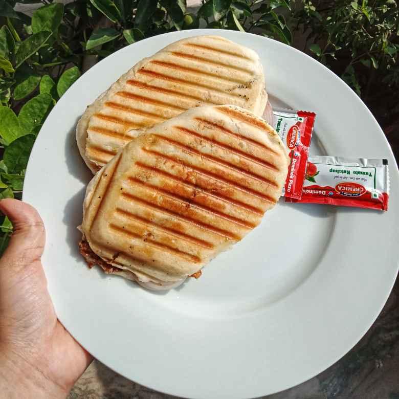 Photo of Chapli kebab stuffed in kulcha by Zeba f lari at BetterButter