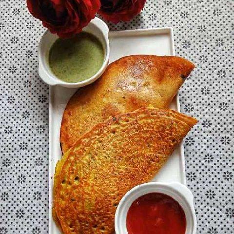 How to make Tawa Moong Daal Paneer Chilla