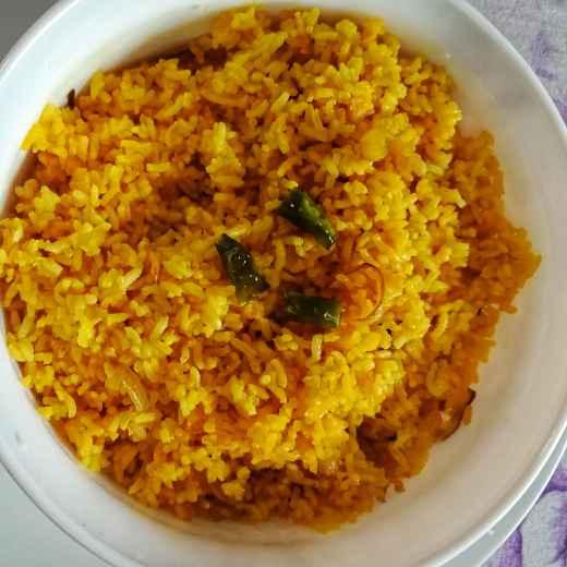 How to make Stir fried Turmeric Rice