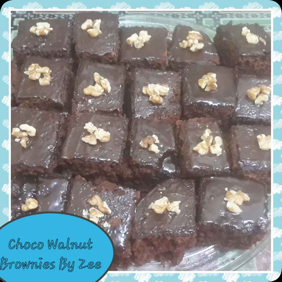 Photo of Chocolate Walnut Brownies by Zeenath Muhammad Amaanullah at BetterButter