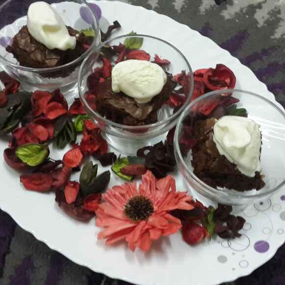 Photo of Chocolaty Fudgy Brownies.:blush::blush: by Zeenath Muhammad Amaanullah at BetterButter