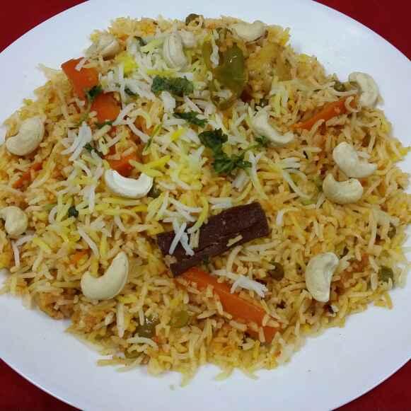 Photo of Vegetable Dum Biryani (Hyderabad Deccan's) by Zeenath Muhammad Amaanullah at BetterButter