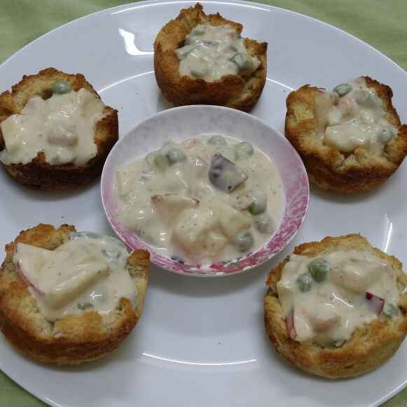 How to make Russian Salad in Baked Bread Baskets