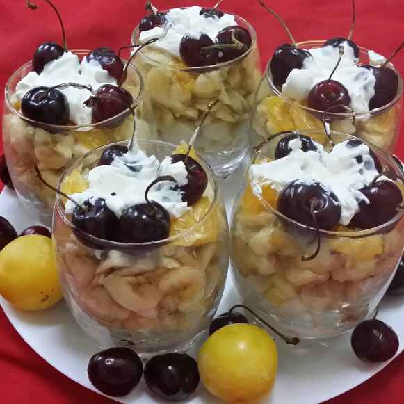 How to make Fruit Trifle Shots