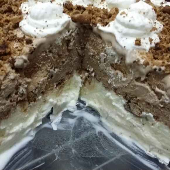 How to make Classic Cookies and Cream Ice-cream Cake