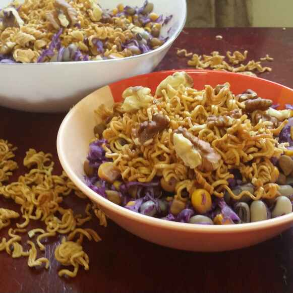 Photo of Maggi and Purple Cabbage Crunchy Salad by Zeenath Muhammad Amaanullah at BetterButter