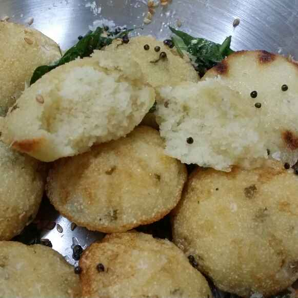 Photo of Sooji dhokla appe by Zeenath Muhammad Amaanullah at BetterButter