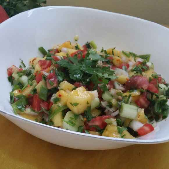 How to make Fresh Mango Tomato Salsa...
