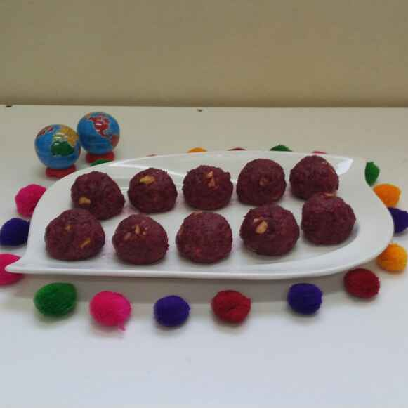 Photo of Beetroot Halwa Laddus... by Zeenath Muhammad Amaanullah at BetterButter