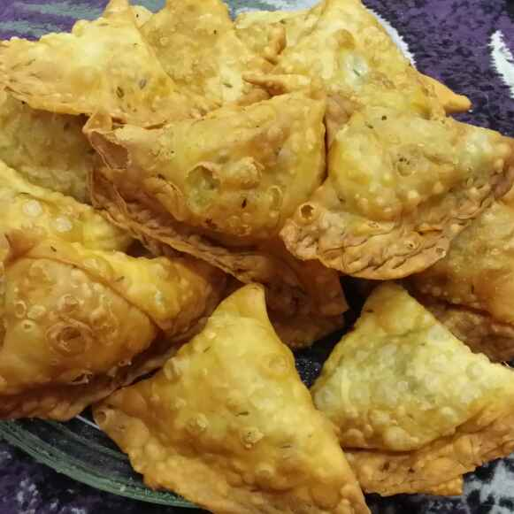How to make Aaloo Samosas