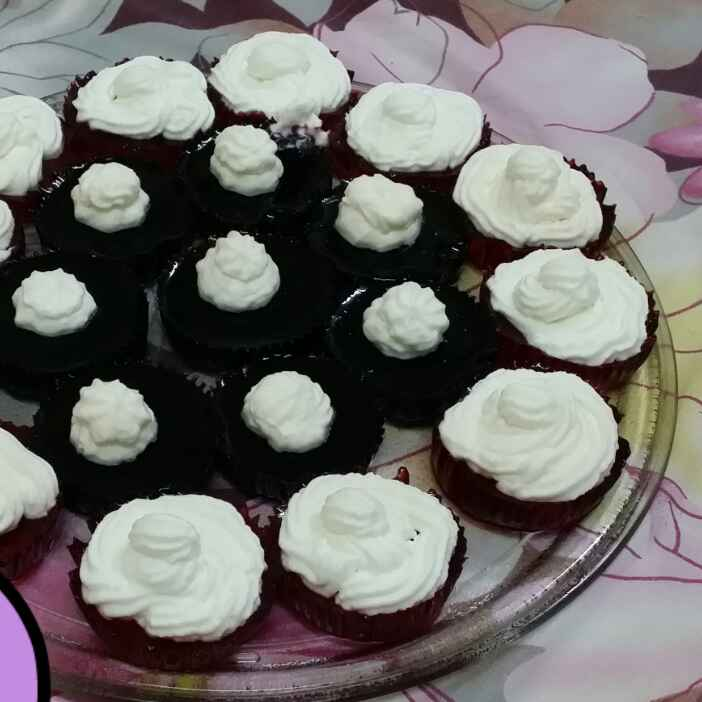 Photo of Jello Cupcakes by Zeenath Muhammad Amaanullah at BetterButter