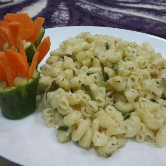 Photo of Stovetop Mac N Cheese... by Zeenath Muhammad Amaanullah at BetterButter