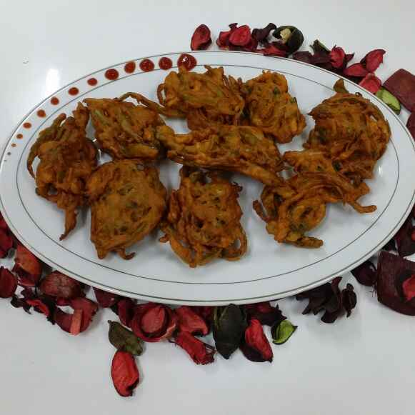 Photo of Capsi Onion Fritters... by Zeenath Muhammad Amaanullah at BetterButter