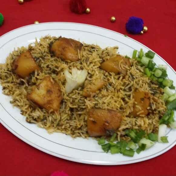 Photo of Paalak Aloo Pulao (Spinach Potato Pulao) by Zeenath Muhammad Amaanullah at BetterButter