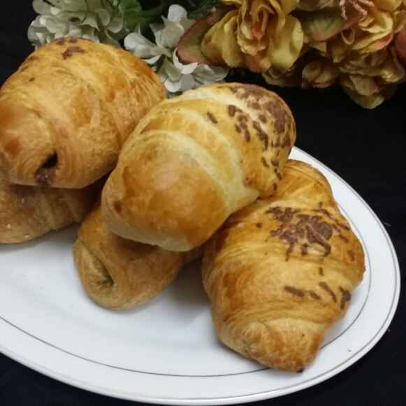 Photo of Puff Pastry Nutella Croissants... by Zeenath Muhammad Amaanullah at BetterButter