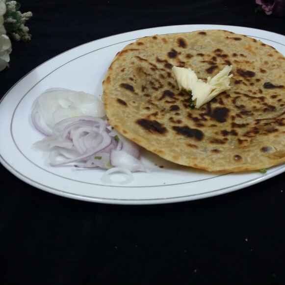 Photo of Onion Parathas/Pyaaz ka paratha... by Zeenath Muhammad Amaanullah at BetterButter