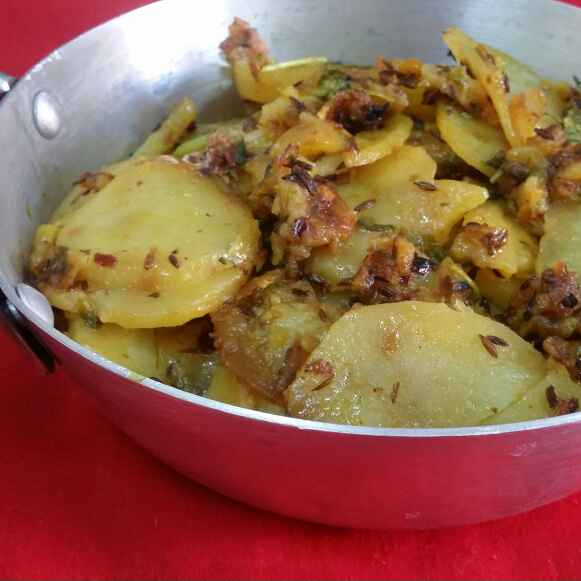 How to make Potato Slices Stir Fry....