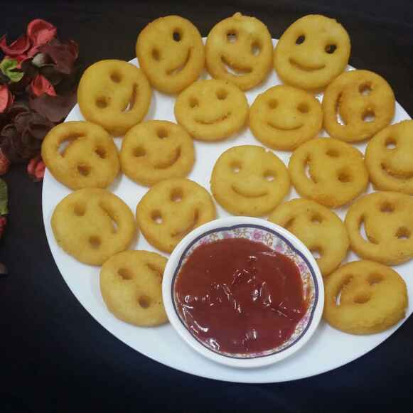 Photo of Potato Smiley Faces... by Zeenath Muhammad Amaanullah at BetterButter