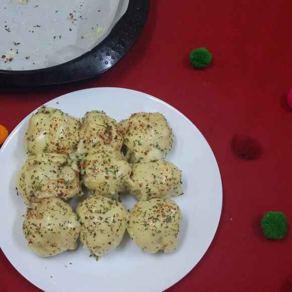 Photo of Bread Cheesy Dinner Rolls... by Zeenath Muhammad Amaanullah at BetterButter