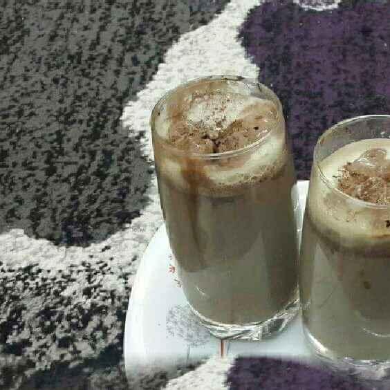 How to make Creamy Chocolate Milkshake