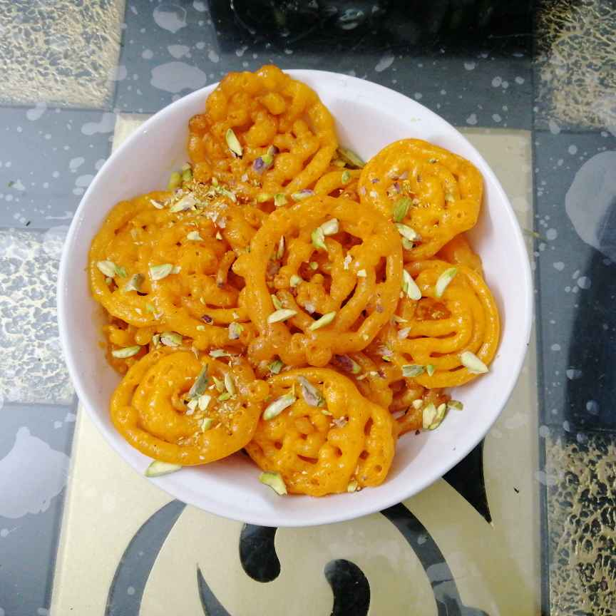 How to make Instant Jalebis With Yeast...