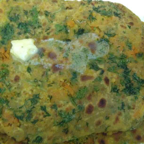 How to make Carrot and raddish paratha/gaajar mooli paratha
