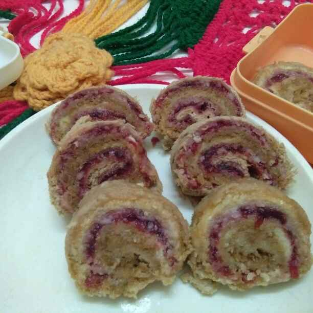 How to make Jam cheese brown bread swiss roll