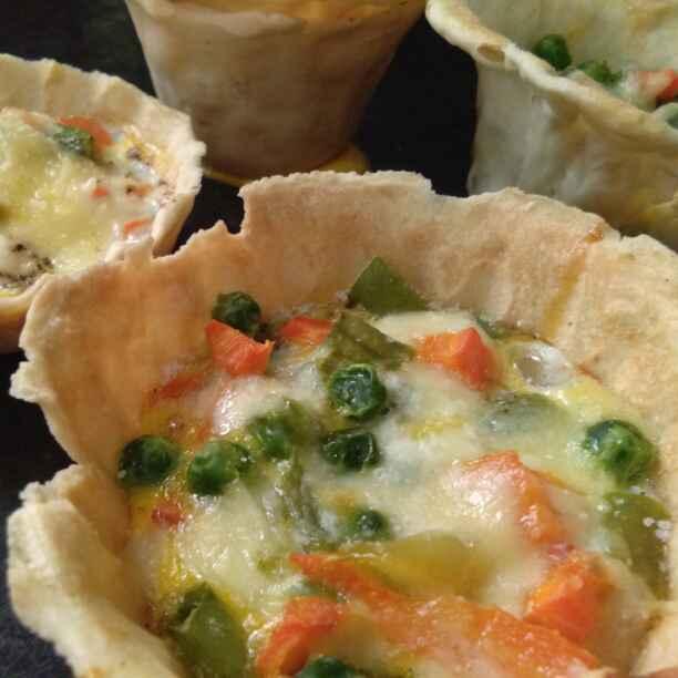 How to make प्रोटीन्स एंड विटामिन्स इन फ्लावर कप्स/फ्लावर कप्स नूडल्स पिज़्ज़ा
