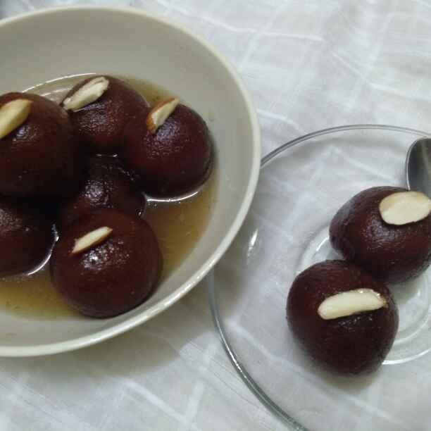 Photo of Badam bhare double roti gulab jamun by Zulekha Bose at BetterButter